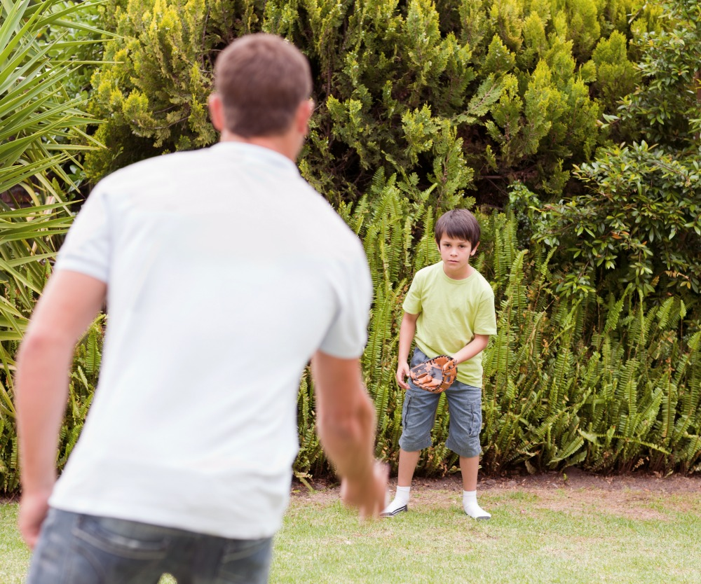 Be A Healthy Parent With Your Kid In Sports