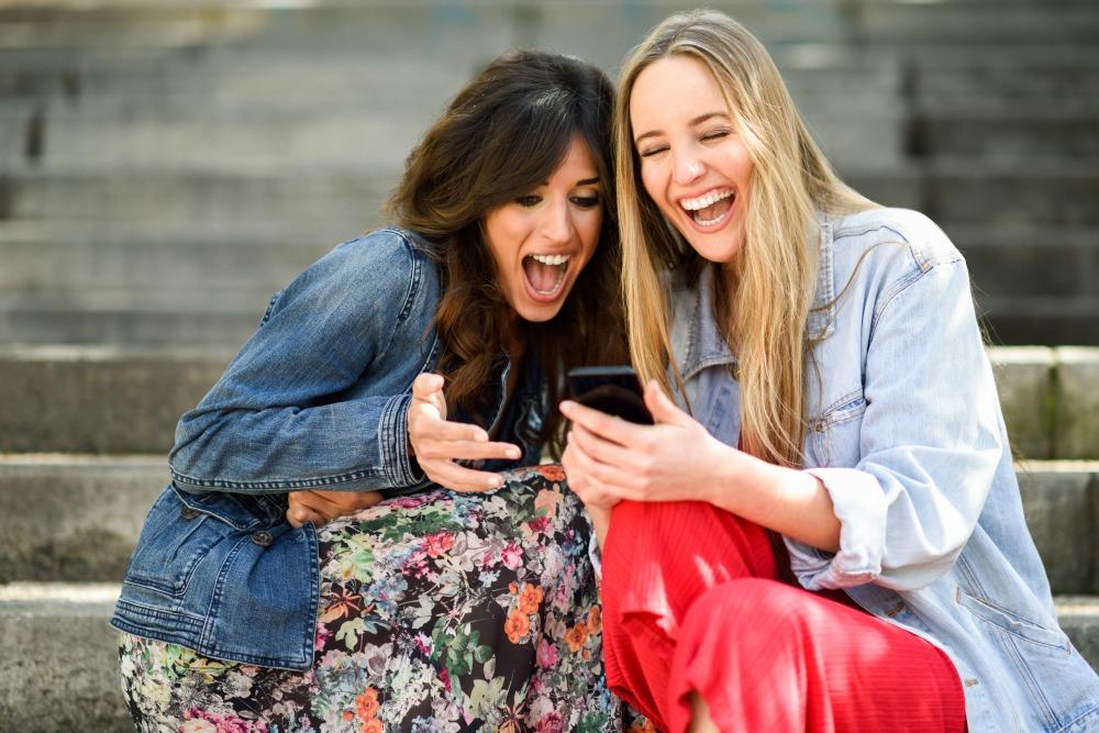 Practicing Minimalism in Social Media