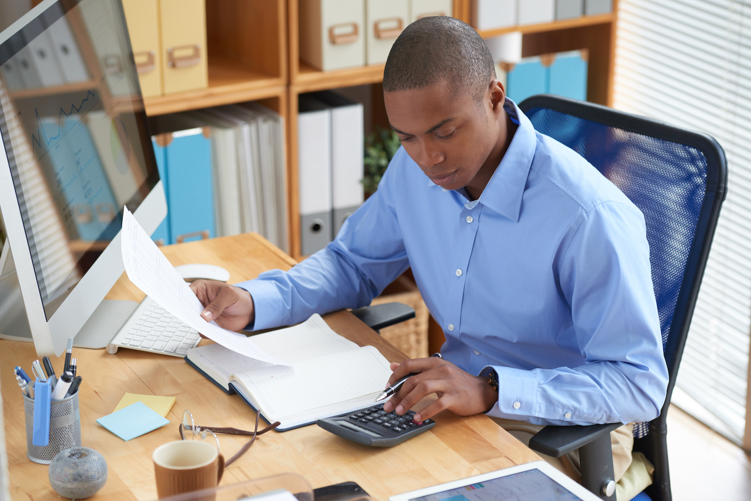 Need Organization in Your Business So Hire a Bookkeeper